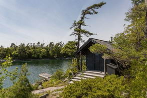 Sauna and Swim Dock - Country homes for sale and luxury real estate including horse farms and property in the Caledon and King City areas near Toronto